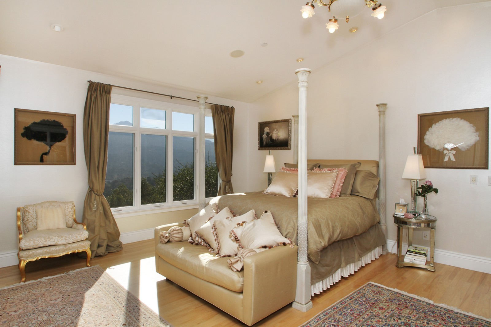 Real Estate Photography - 73 Upper Toyon Drive, Kentfield, CA, 94904 - Master Bedroom