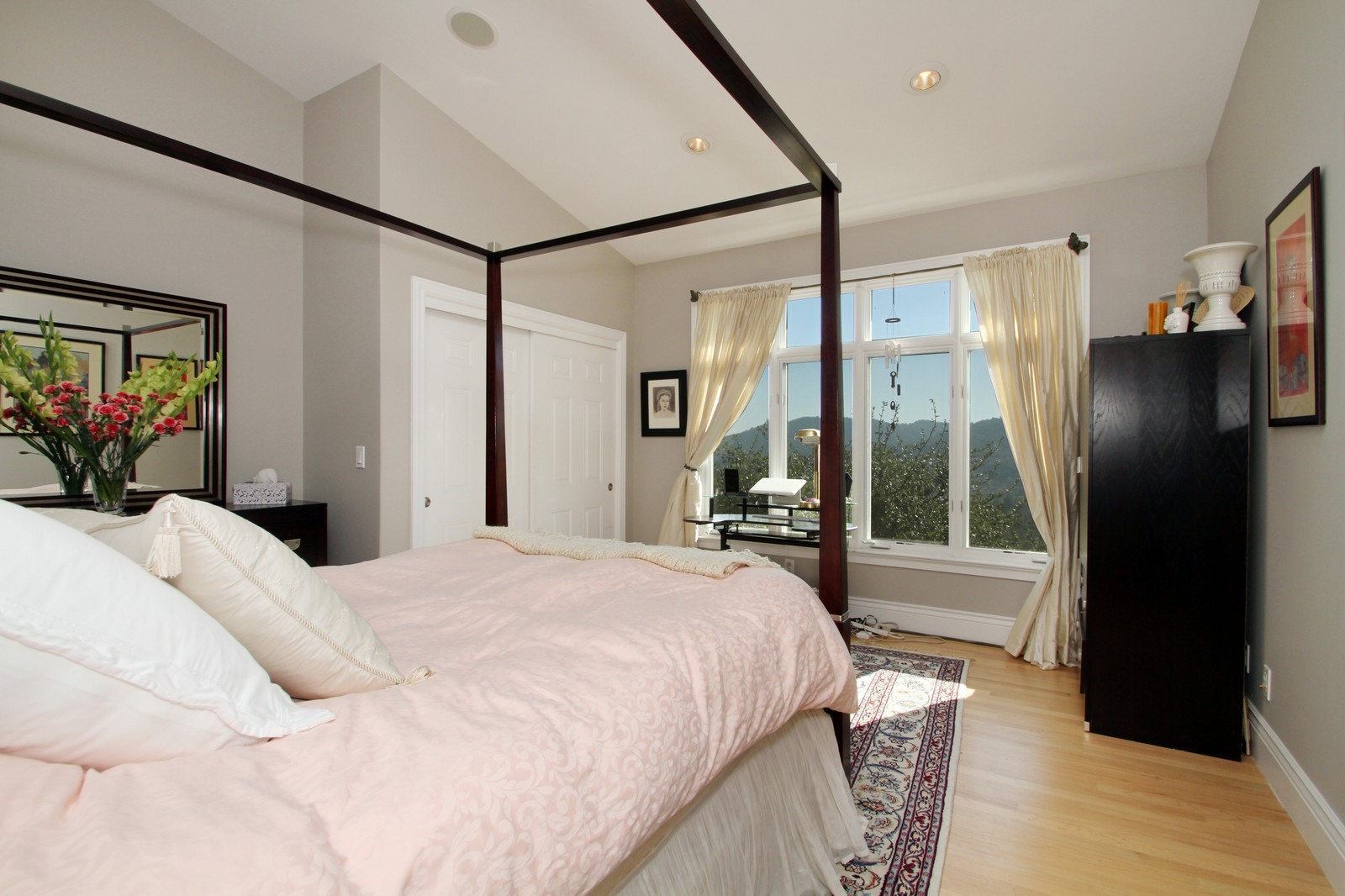 Real Estate Photography - 73 Upper Toyon Drive, Kentfield, CA, 94904 - Bedroom