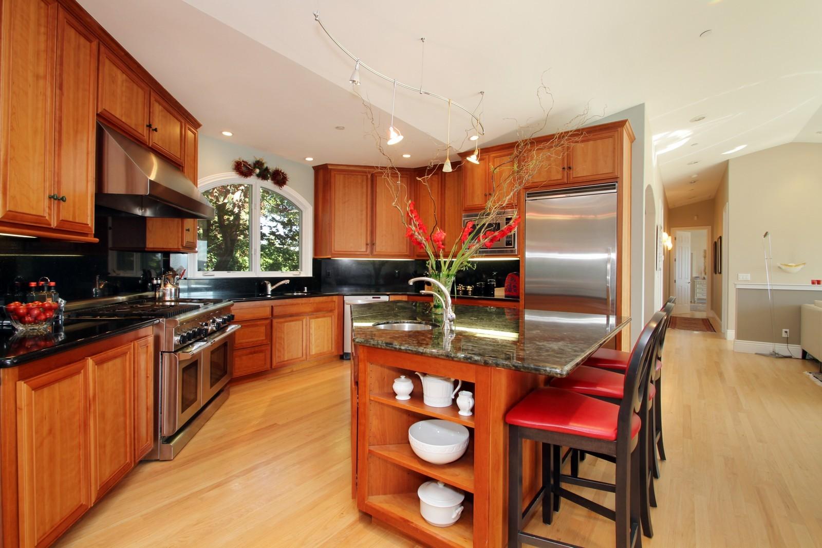 Real Estate Photography - 73 Upper Toyon Drive, Kentfield, CA, 94904 - Kitchen