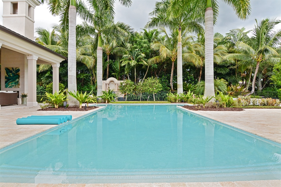 Real Estate Photography - 11765 Calla Lilly Ct, Palm Beach Gardens Government, FL, 33418 - Pool