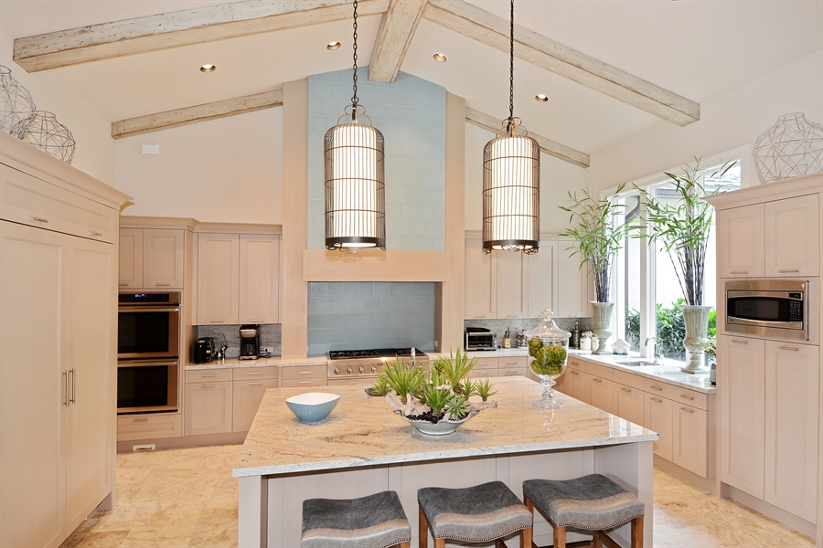 Real Estate Photography - 11765 Calla Lilly Ct, Palm Beach Gardens Government, FL, 33418 - Kitchen