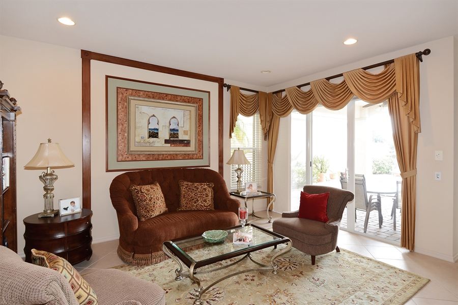 Real Estate Photography - 115 Isle Verde, Palm Beach Gardens, FL, 33418 - Living Room