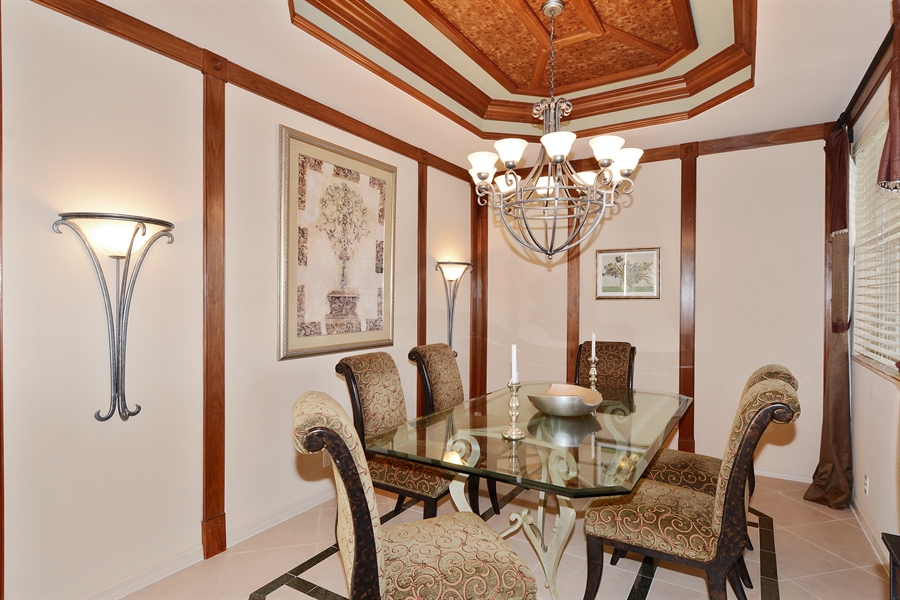 Real Estate Photography - 115 Isle Verde, Palm Beach Gardens, FL, 33418 - Dining Room