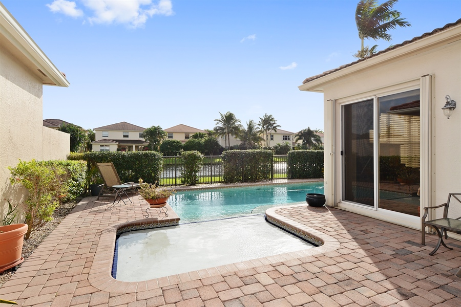 Real Estate Photography - 115 Isle Verde, Palm Beach Gardens, FL, 33418 - Back Yard