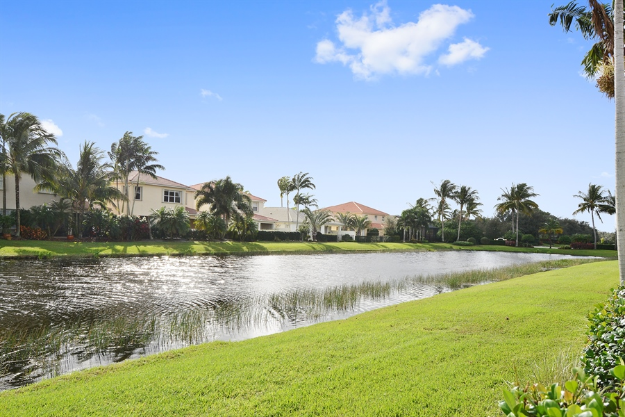 Real Estate Photography - 115 Isle Verde, Palm Beach Gardens, FL, 33418 - Lake View