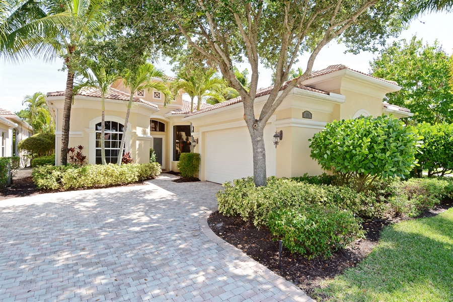 Real Estate Photography - 293 Porto Vecchio, Palm Beach Gardens, FL, 33418 - Front View