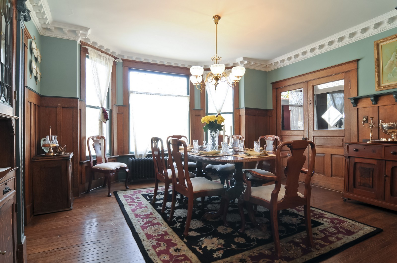 Real Estate Photography - 550 E Center Ave, Lake Bluff, IL, 60044 - Dining Room