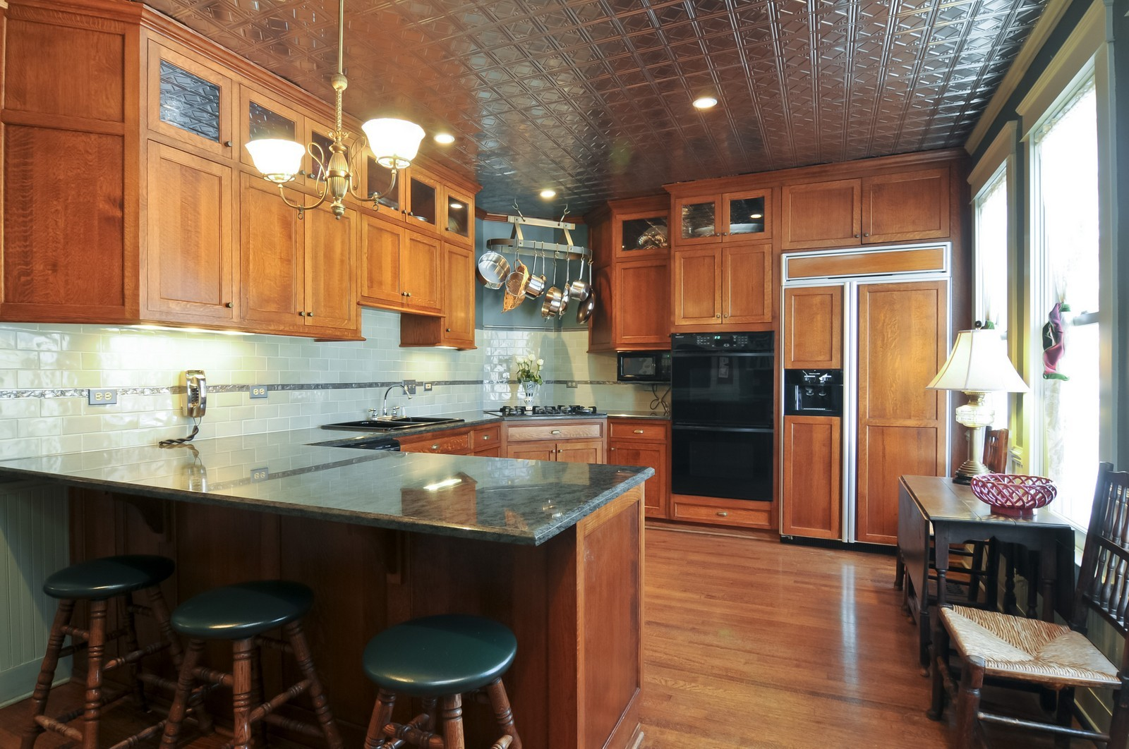 Real Estate Photography - 550 E Center Ave, Lake Bluff, IL, 60044 - Kitchen