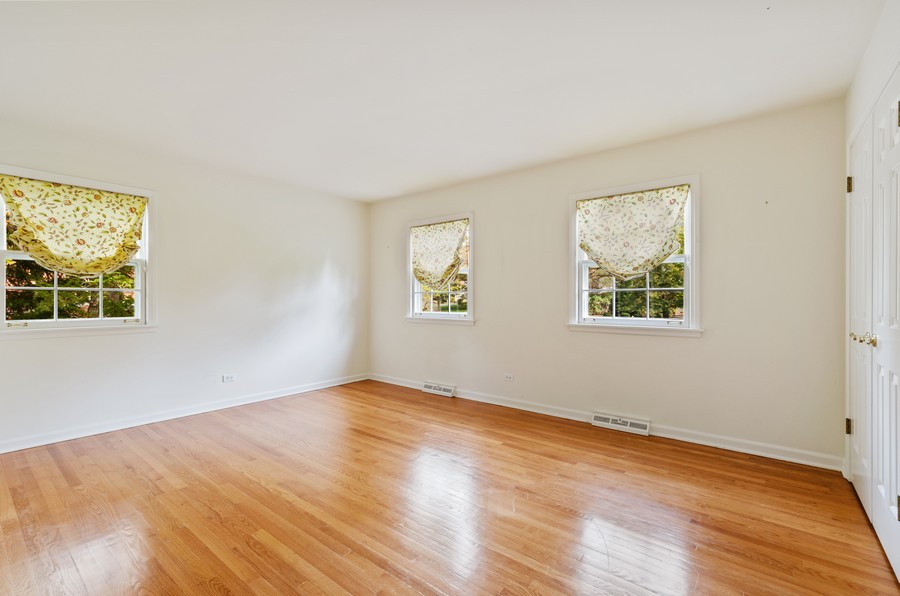 Real Estate Photography - 1108 Forest Hill, Lake Forest, IL, 60045 - 4th Bedroom