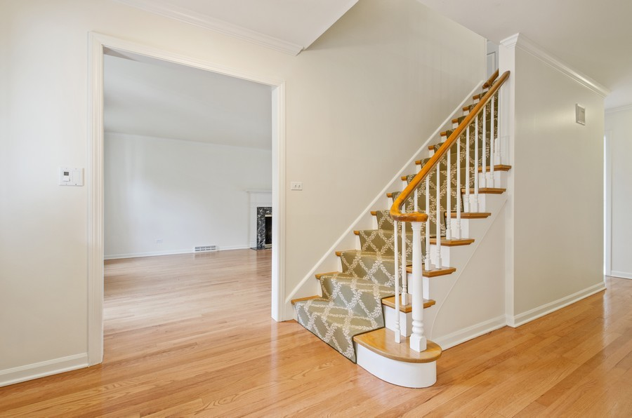Real Estate Photography - 1108 Forest Hill, Lake Forest, IL, 60045 - Foyer