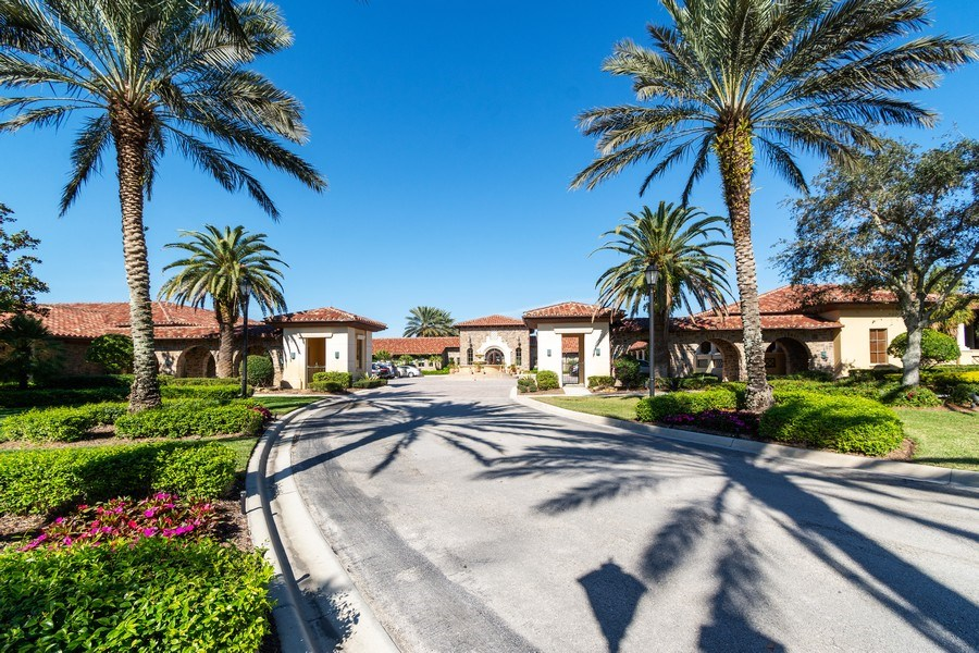 Real Estate Photography - 7601 Old Thyme Ct, Parkland, FL, 33076 - Clubhouse