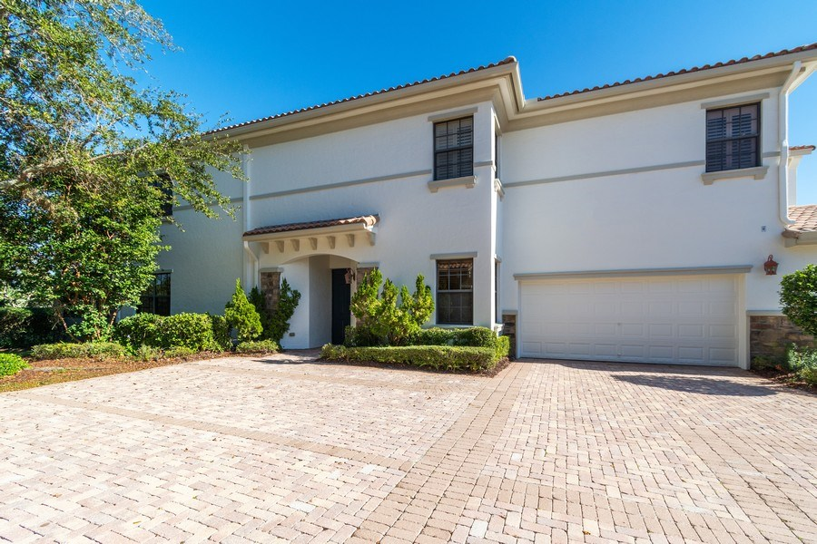 Real Estate Photography - 7601 Old Thyme Ct, Parkland, FL, 33076 - Front View