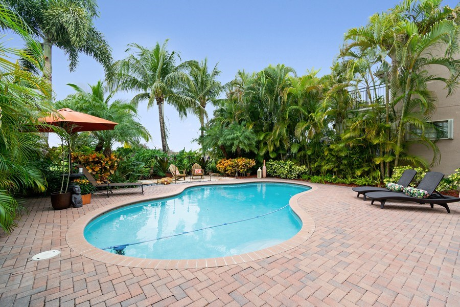 Real Estate Photography - 6609 NW 128 Way, Parkland, FL, 33076 - Pool