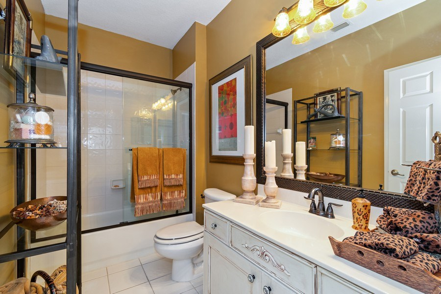 Real Estate Photography - 6609 NW 128 Way, Parkland, FL, 33076 - 2nd Bathroom