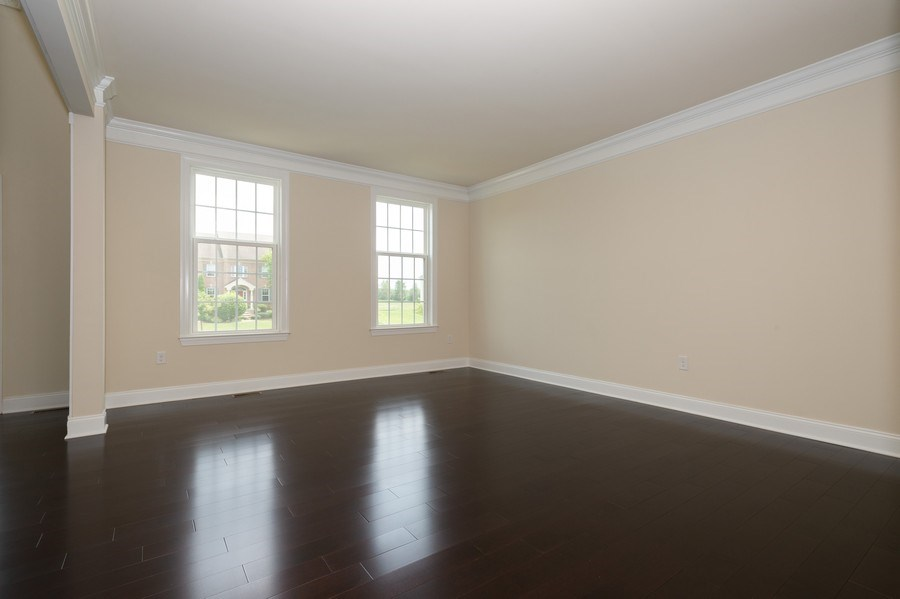 Real Estate Photography - 14 Manchester Ct, Columbus, NJ, 08022 - Living Room