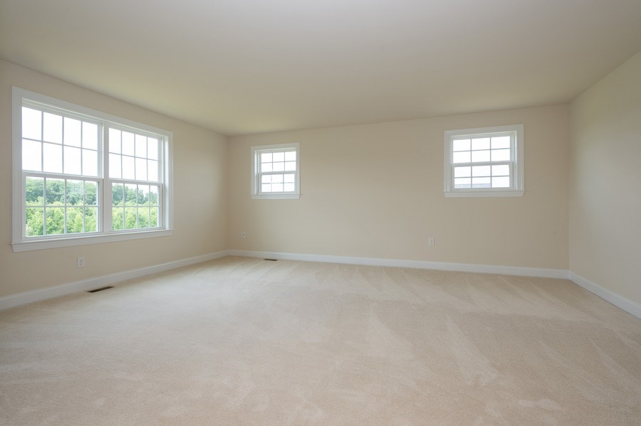 Real Estate Photography - 14 Manchester Ct, Columbus, NJ, 08022 - Master Bedroom