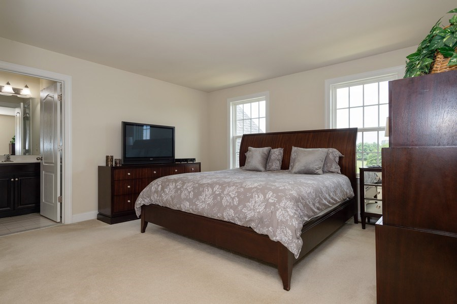 Real Estate Photography - 14 Manchester Ct, Columbus, NJ, 08022 - 2nd Bedroom