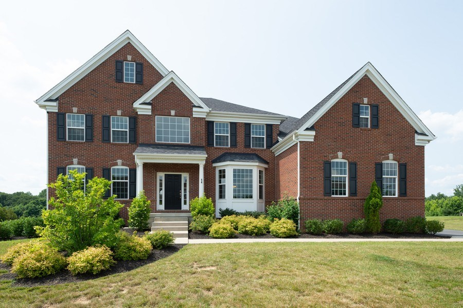 Real Estate Photography - 14 Manchester Ct, Columbus, NJ, 08022 - Front View