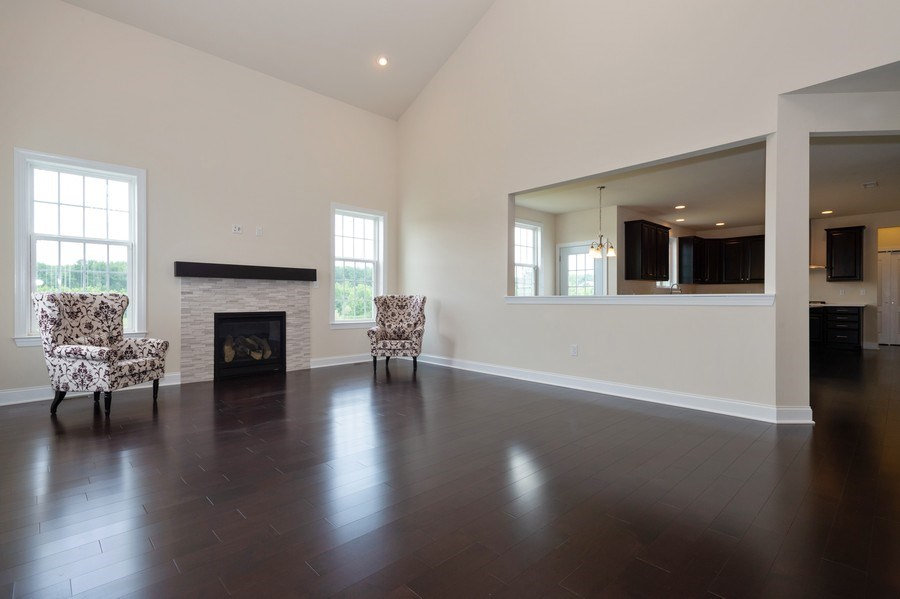 Real Estate Photography - 14 Manchester Ct, Columbus, NJ, 08022 - Family Room