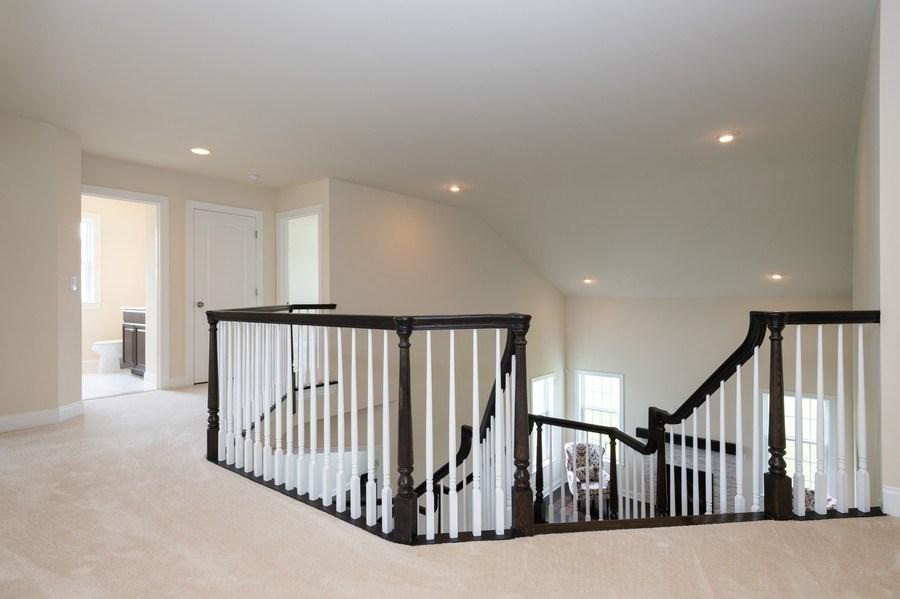 Real Estate Photography - 14 Manchester Ct, Columbus, NJ, 08022 - Hallway