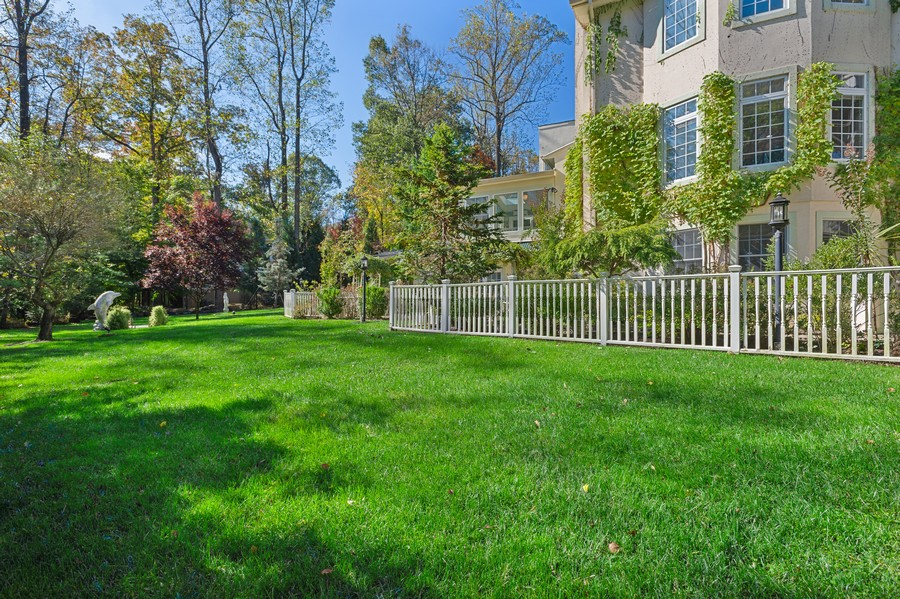 Real Estate Photography - 76 Pettit Pl, Princeton, NJ, 08540 - Back Yard
