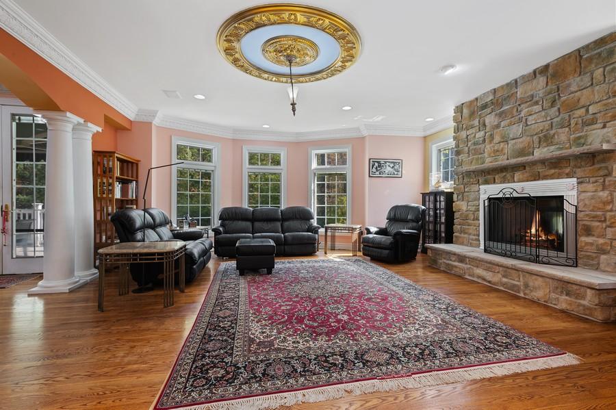 Real Estate Photography - 76 Pettit Pl, Princeton, NJ, 08540 - Family Room