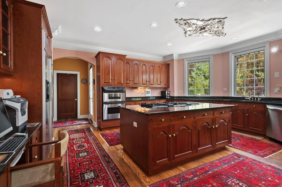 Real Estate Photography - 76 Pettit Pl, Princeton, NJ, 08540 - Kitchen