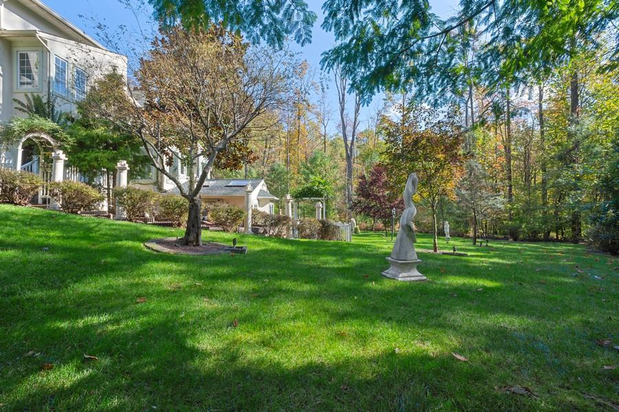 Real Estate Photography - 76 Pettit Pl, Princeton, NJ, 08540 - Side View