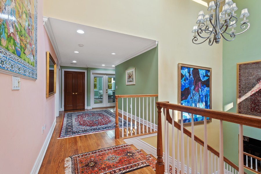 Real Estate Photography - 76 Pettit Pl, Princeton, NJ, 08540 - Hallway