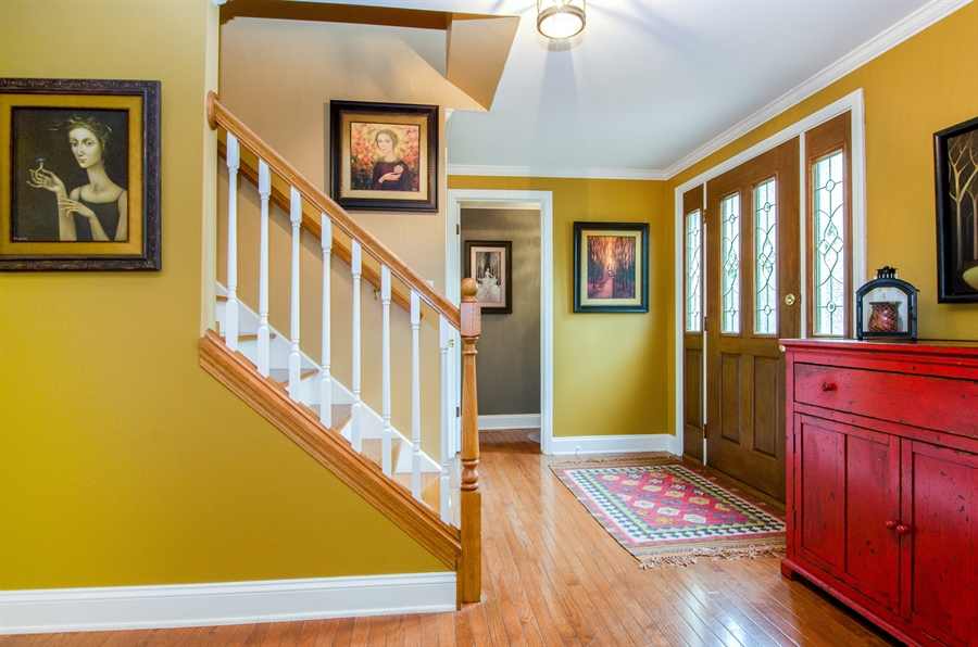 Real Estate Photography - 2609 Old Mill Ln, Rolling Meadows, IL, 60008 - Foyer