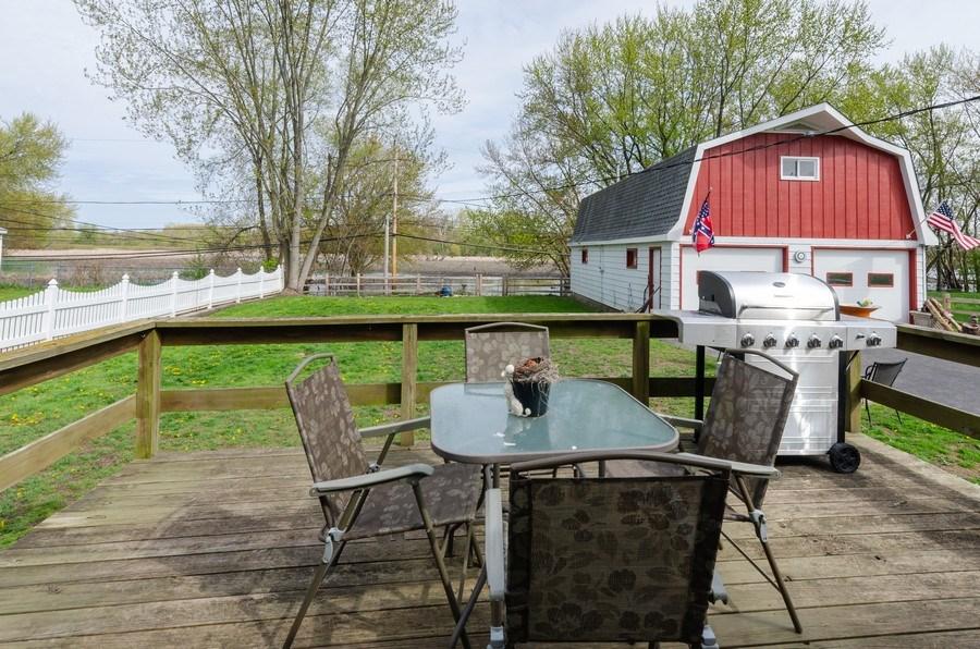 Real Estate Photography - 707 Rawson Bridge Rd, Cary, IL, 60013 - Deck