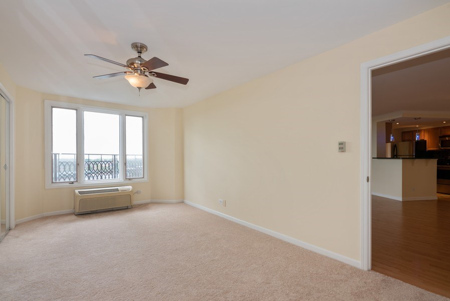 Real Estate Photography - 1 Renaissance Pl, Unit 809, Palatine, IL, 60067 - Master Bedroom