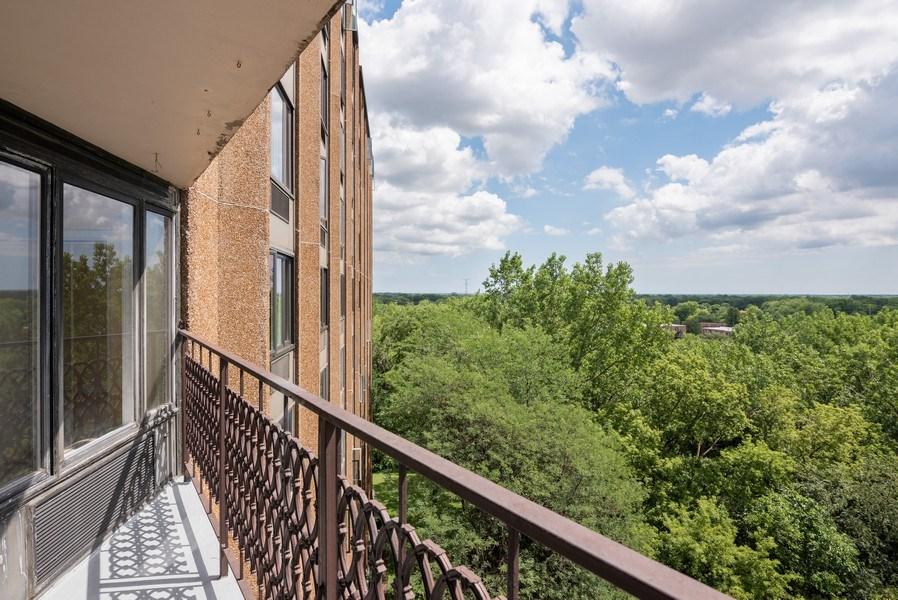 Real Estate Photography - 1 Renaissance Pl, Unit 809, Palatine, IL, 60067 - Balcony