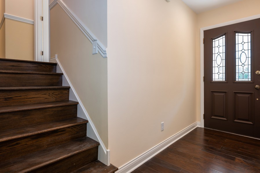 Real Estate Photography - 184 Stonegate Rd, Trout Valley, IL, 60013 - Foyer