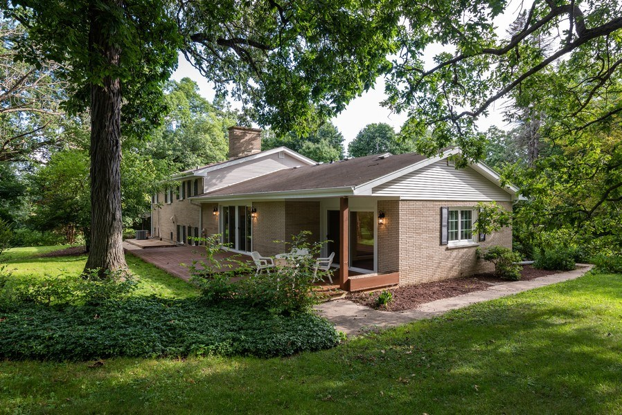 Real Estate Photography - 184 Stonegate Rd, Trout Valley, IL, 60013 - Rear View