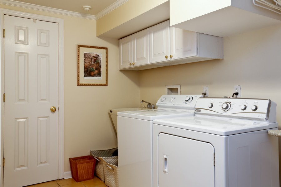 Real Estate Photography - 290 North Street, Rye, NY, 10580 - Laundry Room