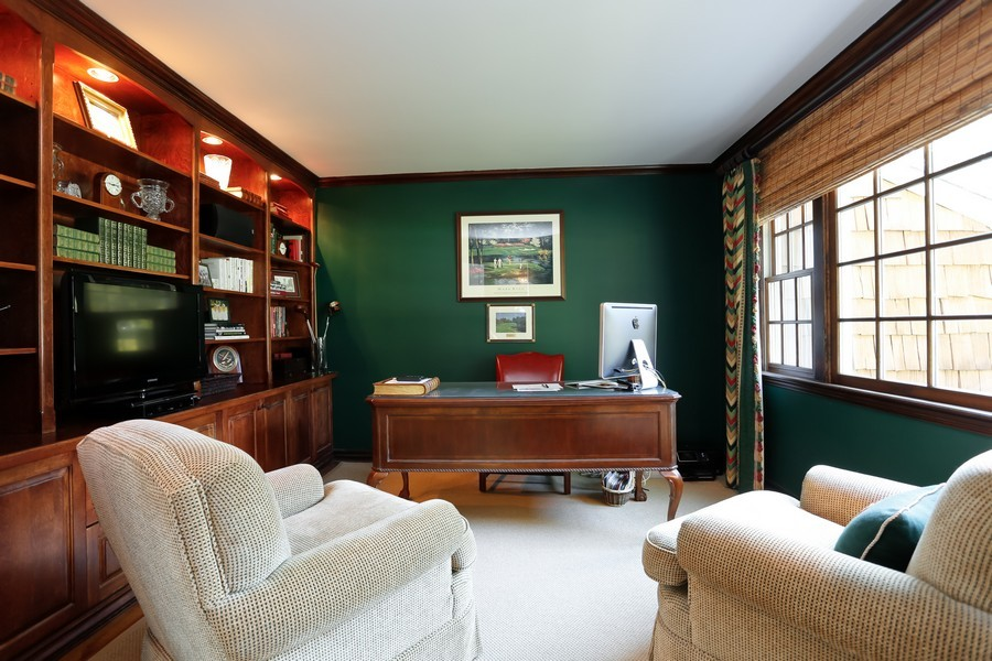 Real Estate Photography - 290 North Street, Rye, NY, 10580 - Office