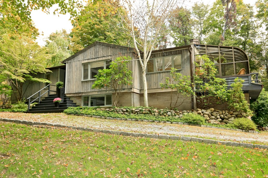 Real Estate Photography - 880 Old Albany Post Rd, Garrison, NY, 10524 - Front View