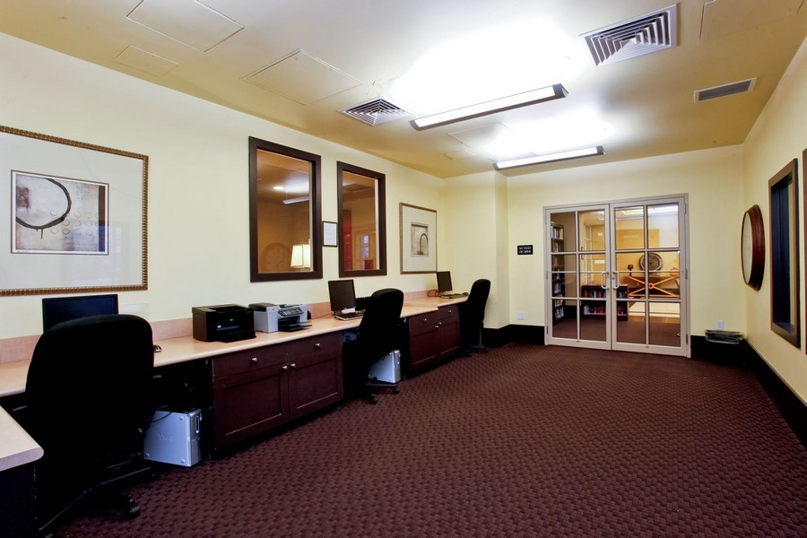 Real Estate Photography - 300 Mamaroneck Avenue #423, White Plains, NY, 10605 - Business Center
