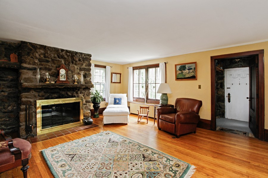 Real Estate Photography - 75 Glendale Rd, Ossining, NY, 10562 - Living Room