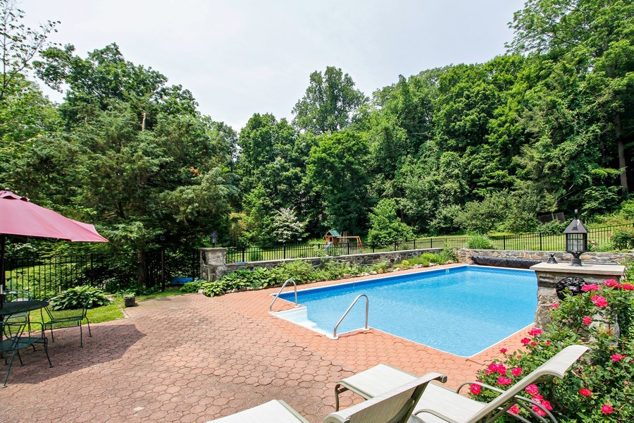Real Estate Photography - 75 Glendale Rd, Ossining, NY, 10562 - Pool