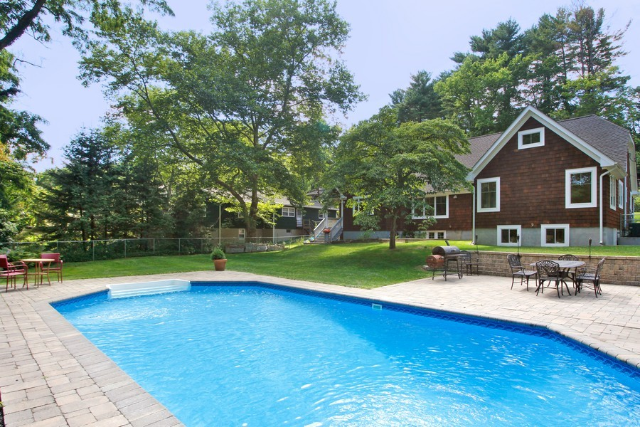 Real Estate Photography - 52 Truesdale Dr, Croton on Hudson, NY, 10520 - Pool