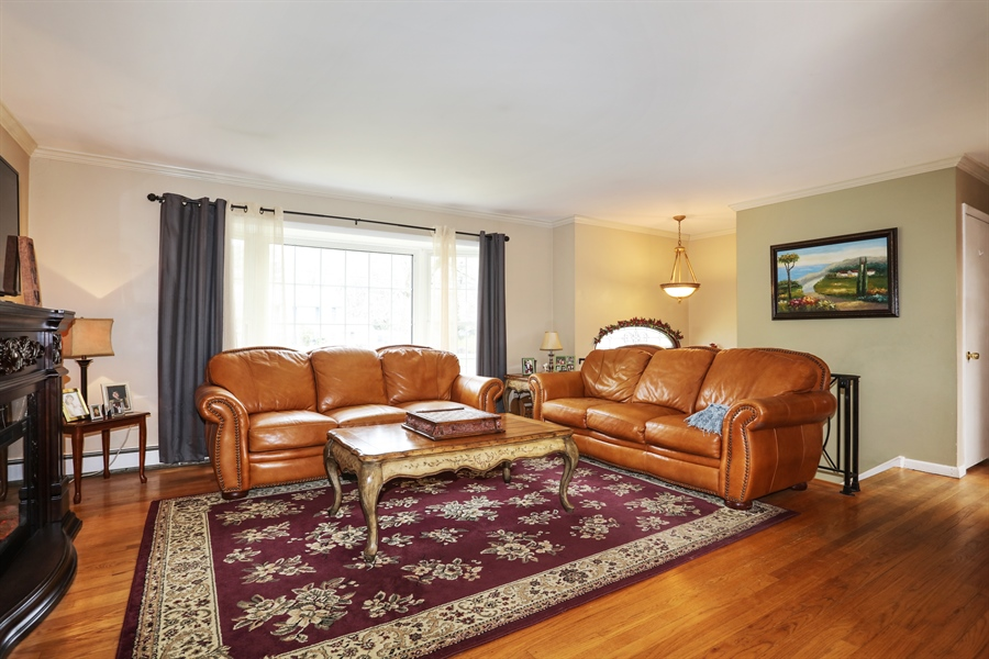Real Estate Photography - 28 Pike, Mahopac, NY, 10541 - Living Room