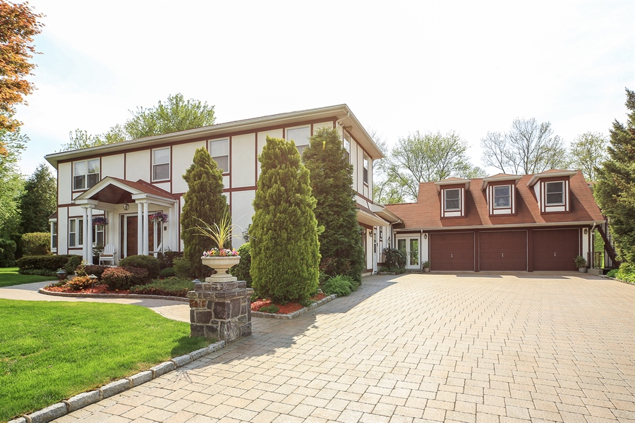 Real Estate Photography - 830 Kipling Dr, Yorktown Heights, NY, 10598 - Front View