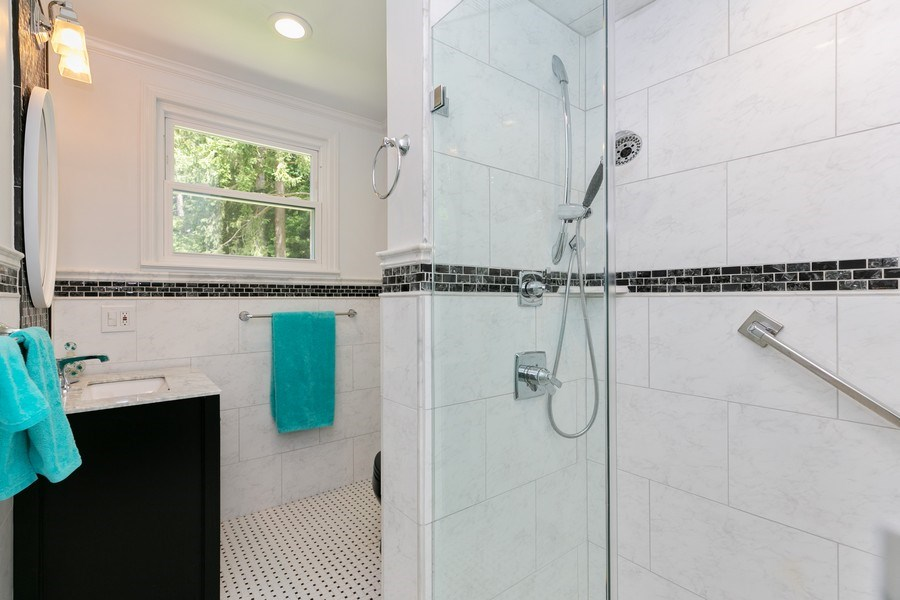 Real Estate Photography - 210 Belmont Rd, Hawthorne, NY, 10532 - Bathroom #2