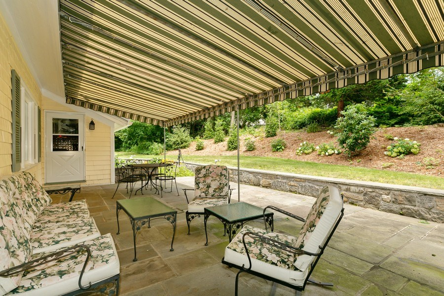 Real Estate Photography - 210 Belmont Rd, Hawthorne, NY, 10532 - Patio