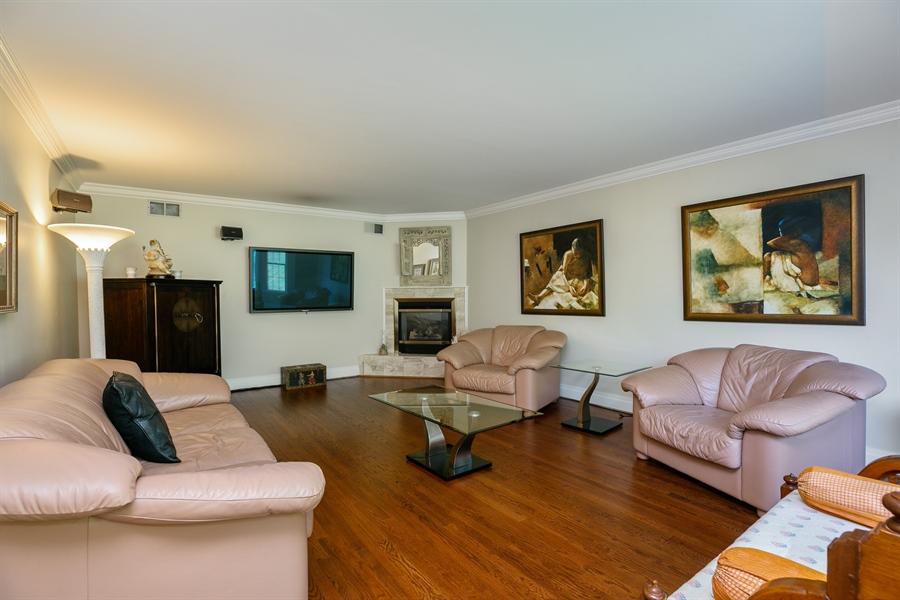 Real Estate Photography - 96 Deerfield Lane N, Pleasantville, NY, 10570 - Living Room