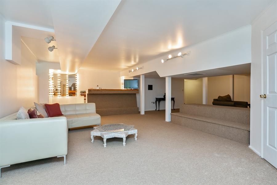 Real Estate Photography - 96 Deerfield Lane N, Pleasantville, NY, 10570 - 2nd Floor Corridor