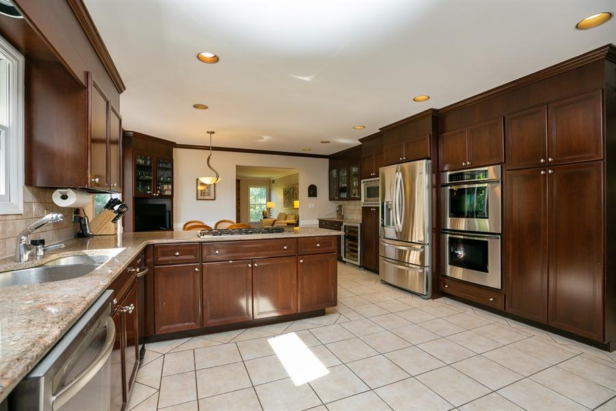Real Estate Photography - 96 Deerfield Lane N, Pleasantville, NY, 10570 - Kitchen