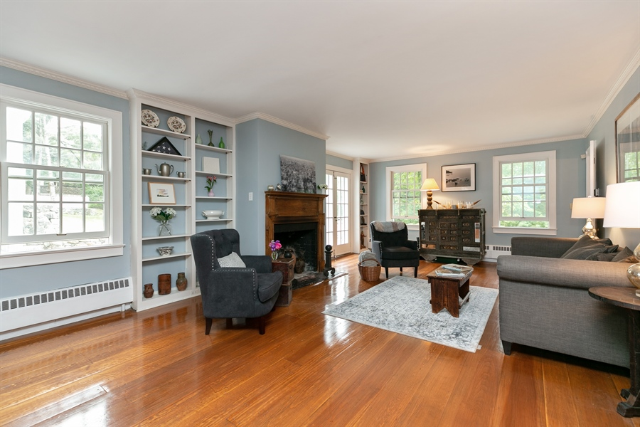 Real Estate Photography - 160 Crow Hill Rd, Bedford Corners, NY, 10549 - Living Room
